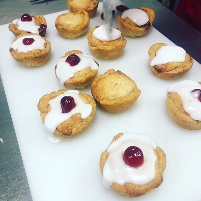 Yesterday, on the last day of our baking course, we made Bakewell tarts! A classic childhood favourite.  They were delicious! #fortebakery #lovebaking