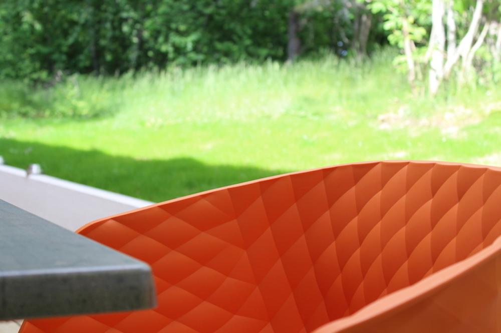 Orange stol.JPG