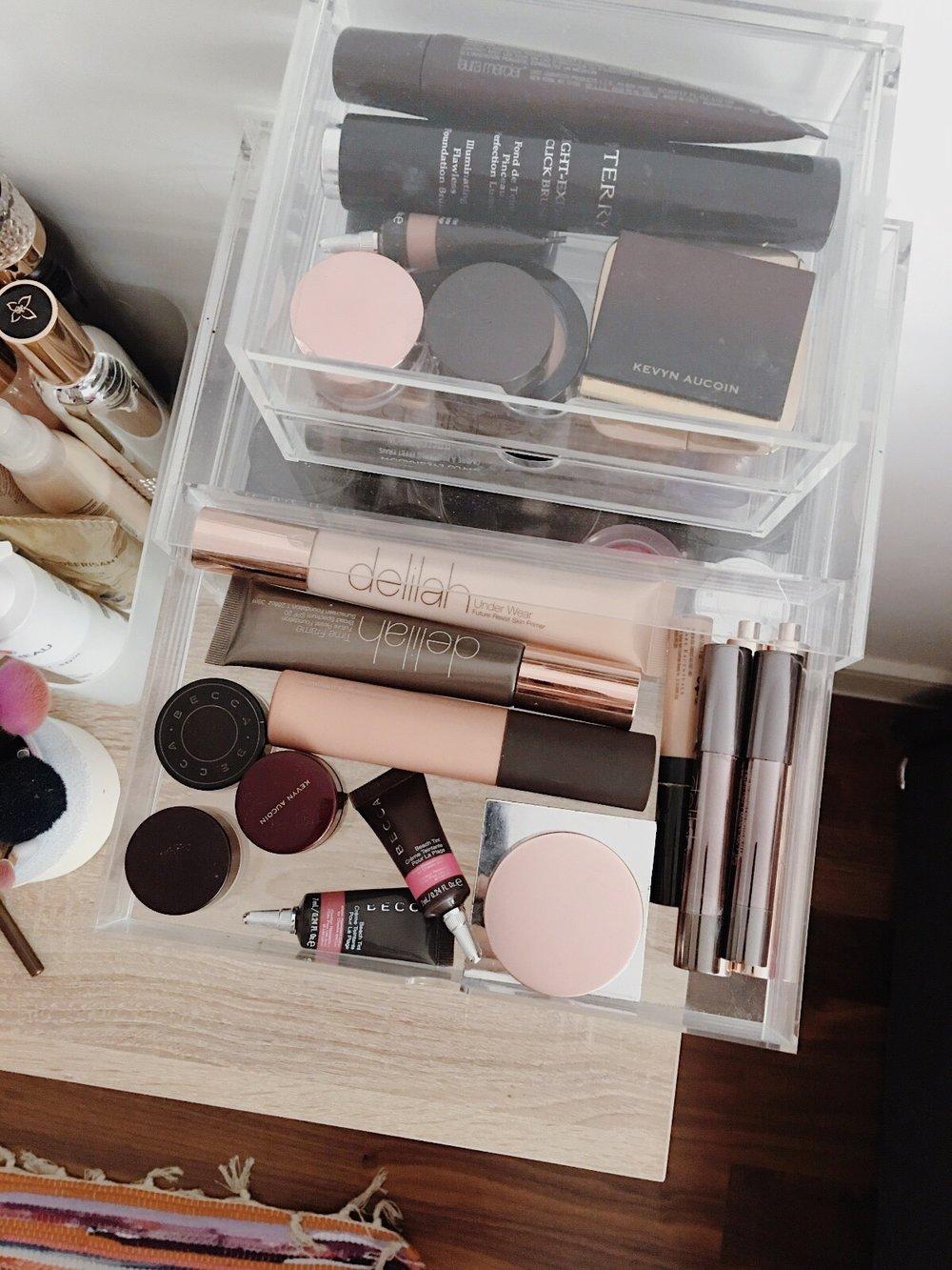 www.jasminehardingmakeup.com - beauty storage