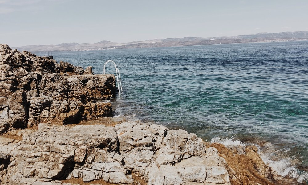 Where we spent every hour of our 3 days here; on the rocks and in the sea. -