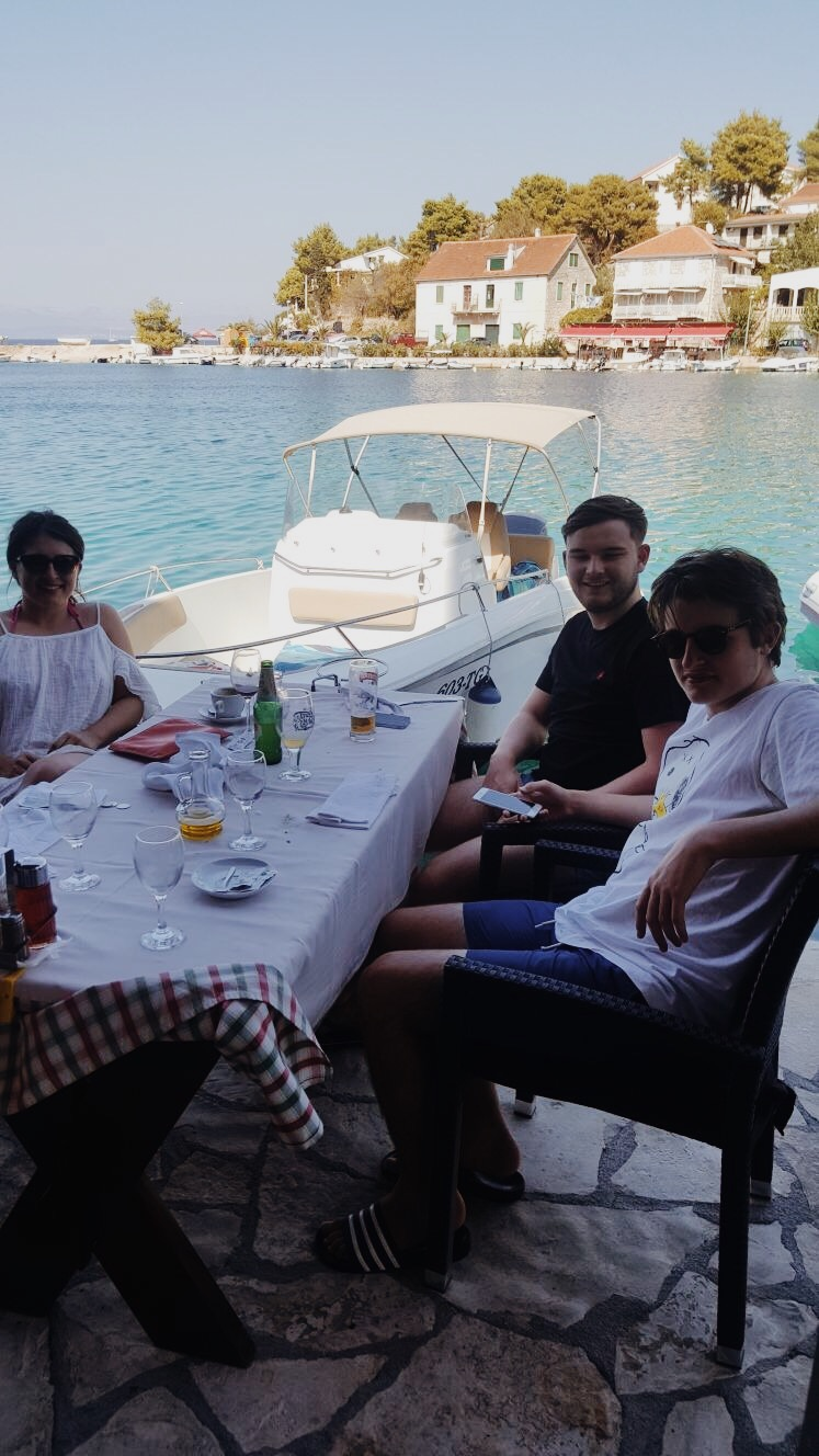 jasminehardingmakeup.com - croatia travel guide