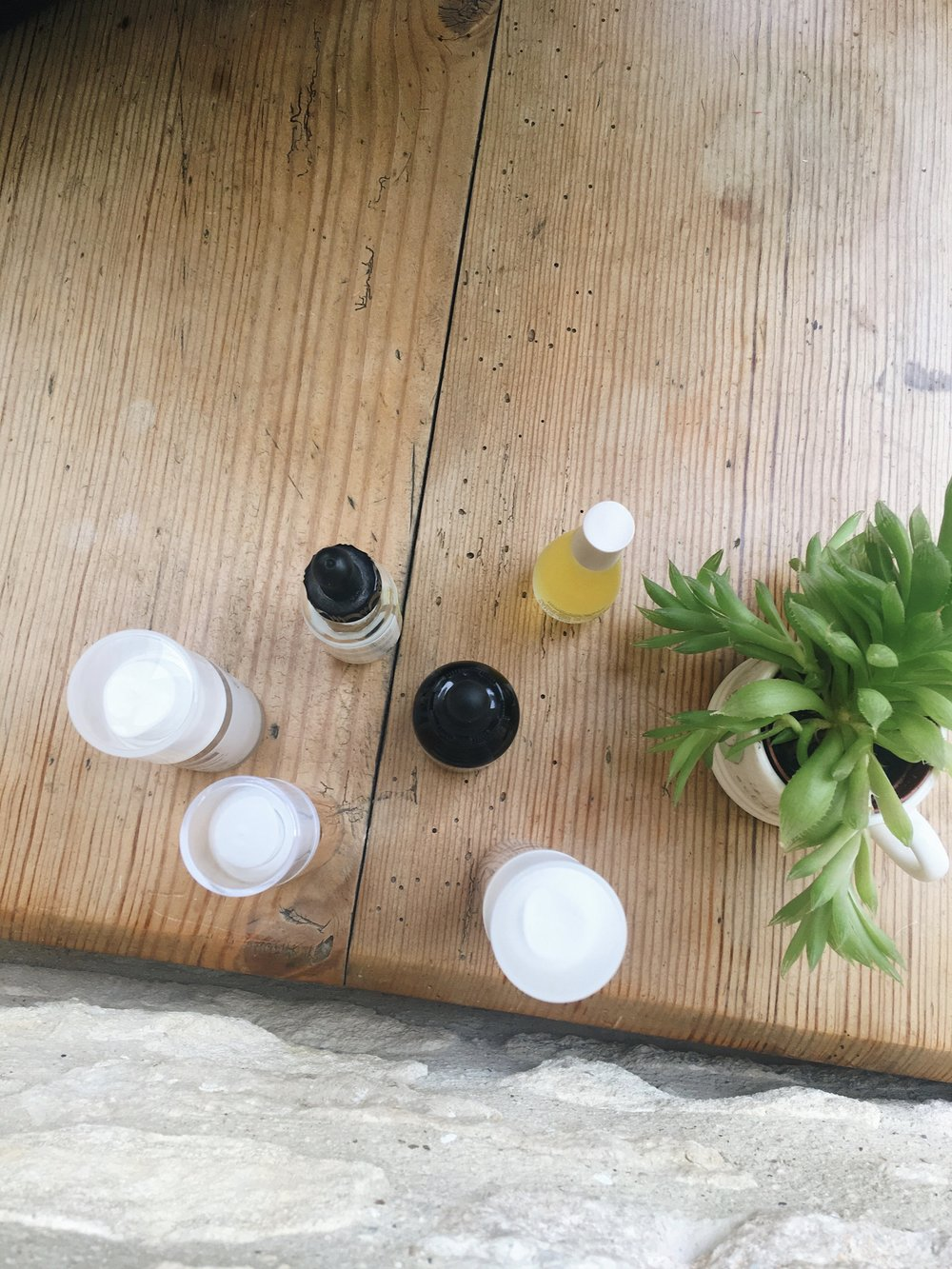 HYDRATING SERUMS