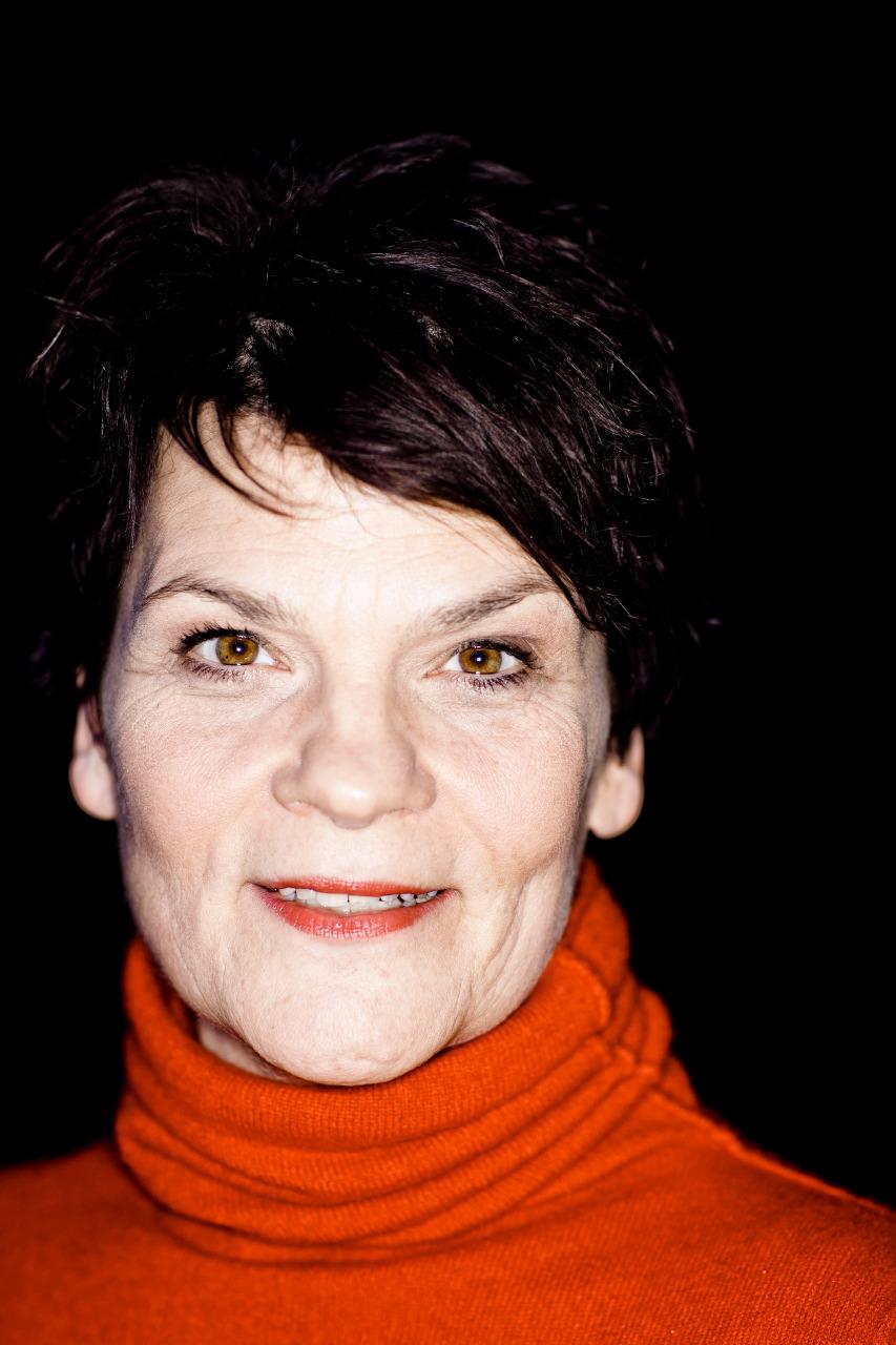P123_MG_7581_QuatschComedyClub_Berlin_Businessportrait_Businessfoto_Kierok_Berlin_Portrait_Portraitfotografie_Portraitshooting_Fotoshootings_Professionell_Geschäftsbericht_Unternehmensfotografie