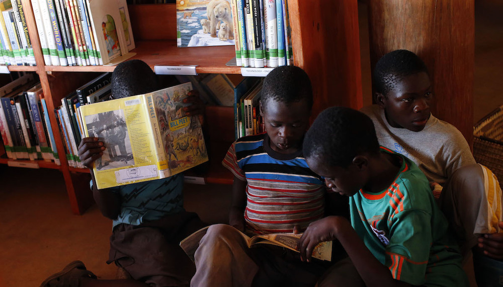mumuni-boys-reading.jpg
