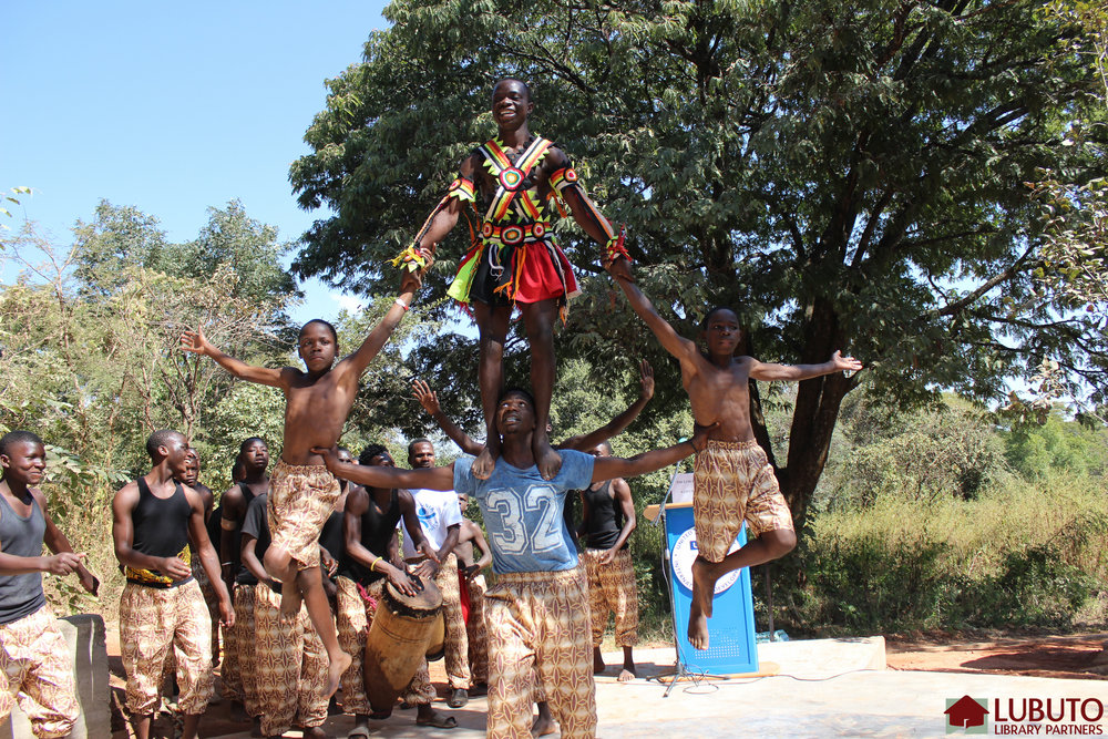 Dance performance by the Mthunzi Cultural Group