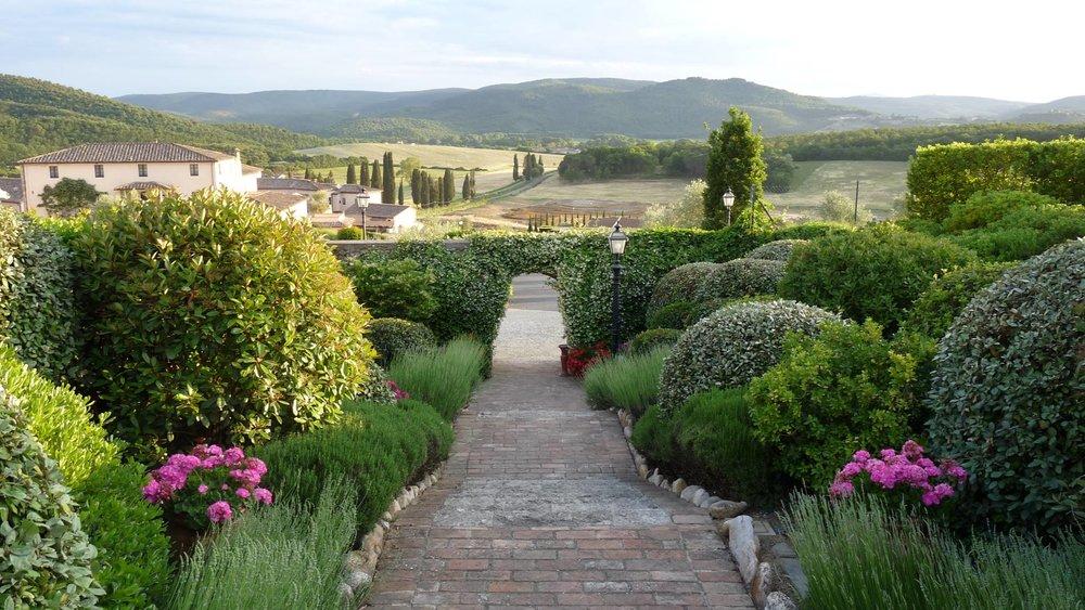 Primavera a Borgo La Bagnaia