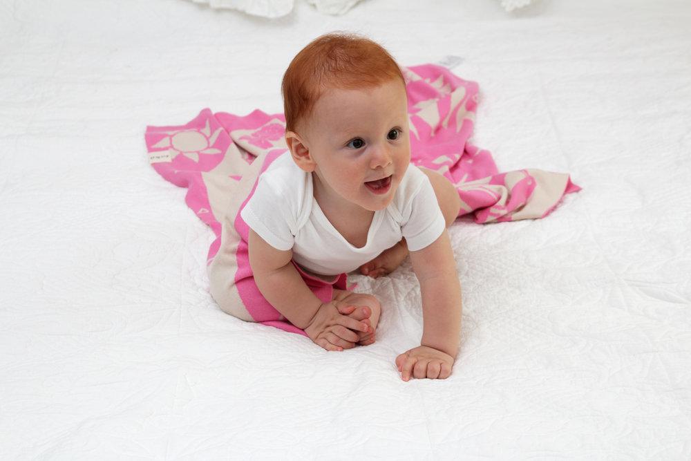 flamingo-baby-blanket-4.JPG