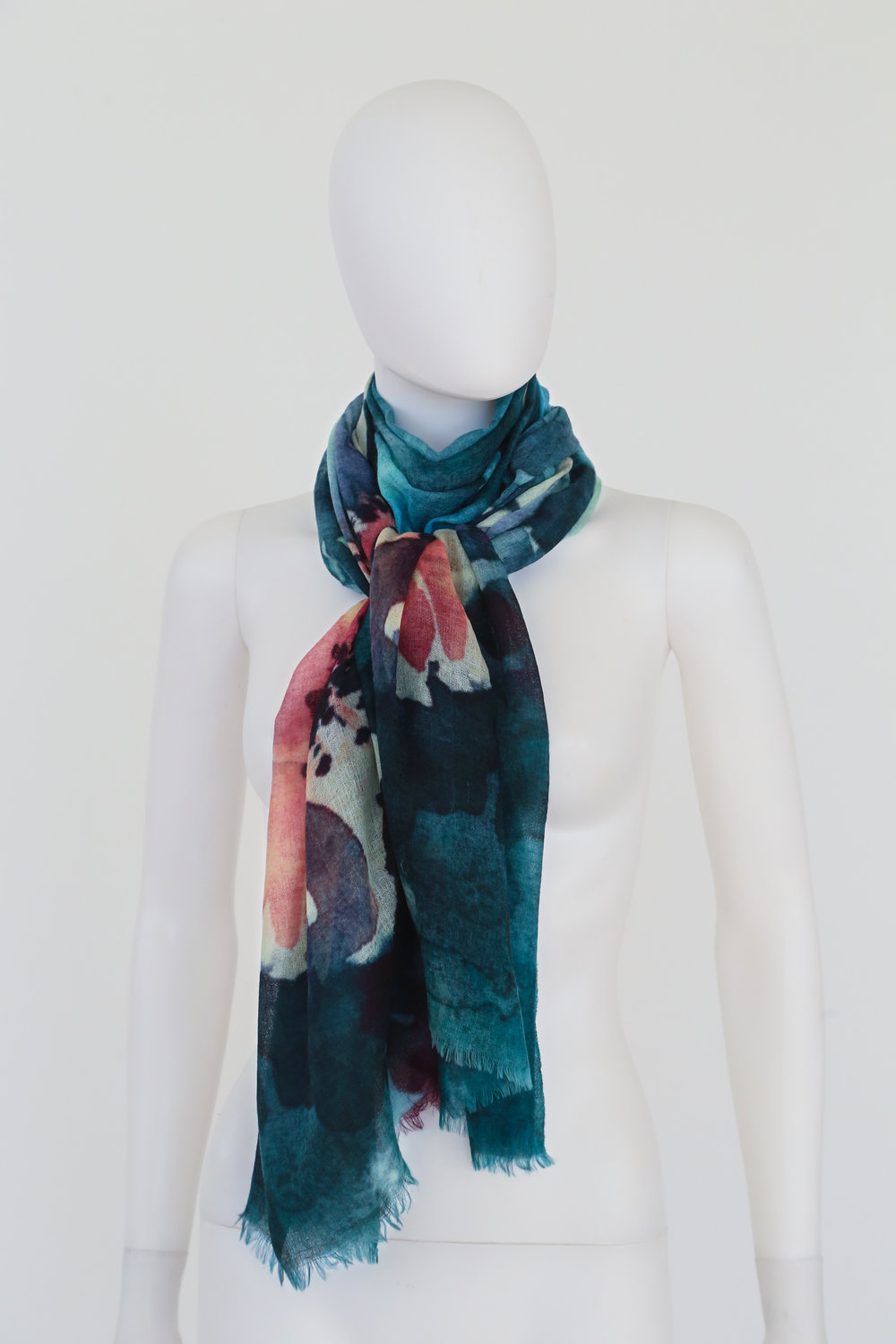 """deivi, Hemangini Singh  - WOMEN'S ACCESSORIES  """" deivi """" is a collection of beautiful, handcrafted scarves and accessories.  Meaning women power, """" deivi """" has a special focus on positively impacting women artisans, empowering them with fair wages, sustained incomes, employment, education, and healthcare."""