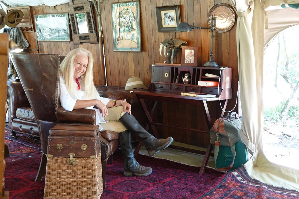 Sitting pretty in 'a tent of my own' at a Safari Writing Desk designed and sold by Don Young of Newland Tarlton Safari alongside his Fisherman's Basket Seat. I've already got styling ideas for the rebuild of my Malibu Chic Safari Tent.
