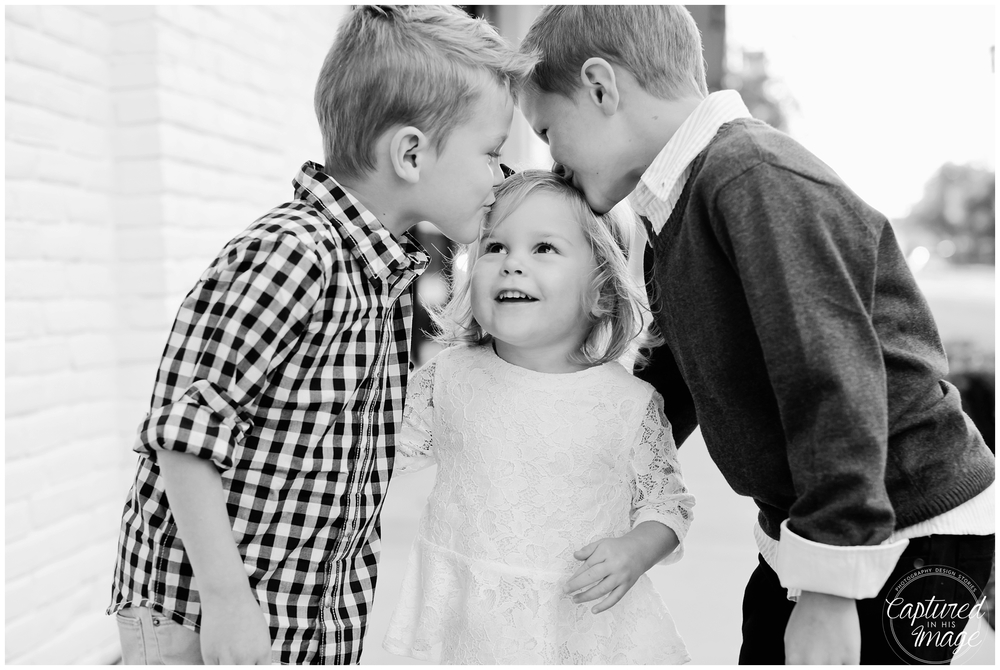 Oxford Exchange Styled Family Session_0580