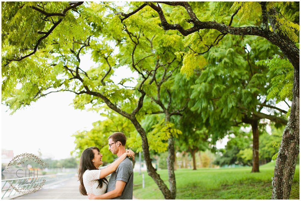 Downtown Tampa Hillsborough River Engagement Session_1415