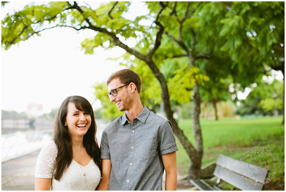 Downtown Tampa Hillsborough River Engagement Session_1418