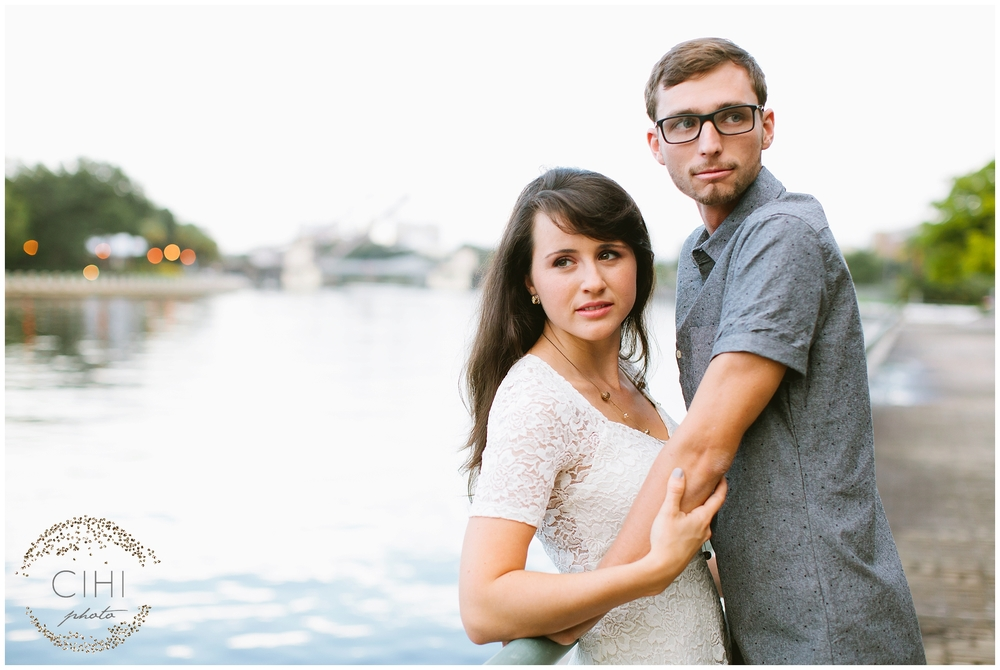 Downtown Tampa Hillsborough River Engagement Session_1423