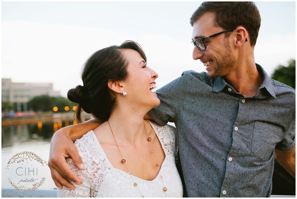 Downtown Tampa Hillsborough River Engagement Session_1430