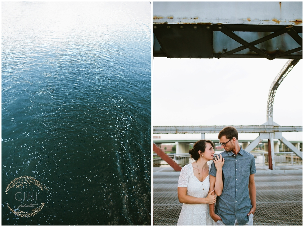 Downtown Tampa Hillsborough River Engagement Session_1438