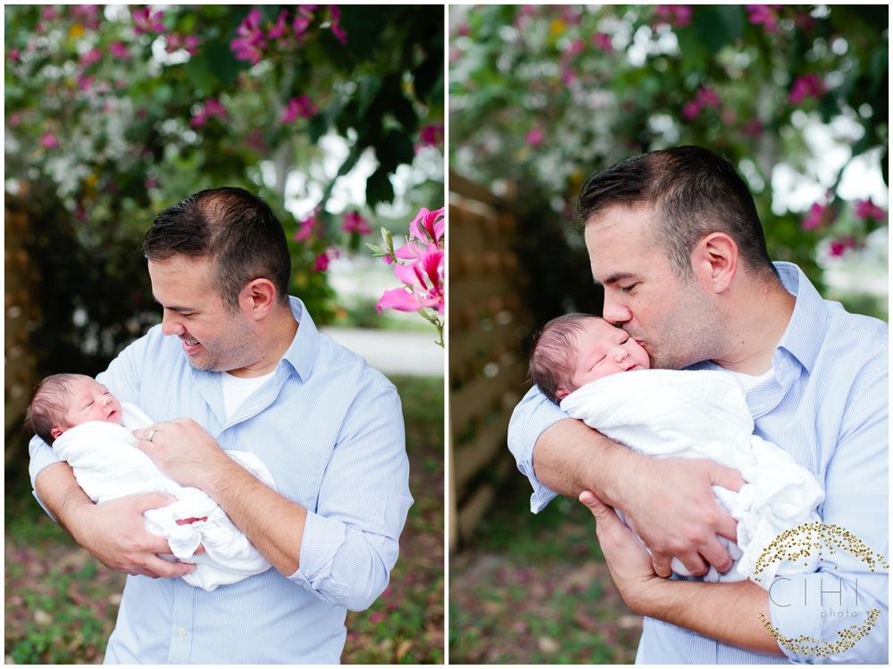 Sarasota December Newbory Baby Boy_2166.jpg