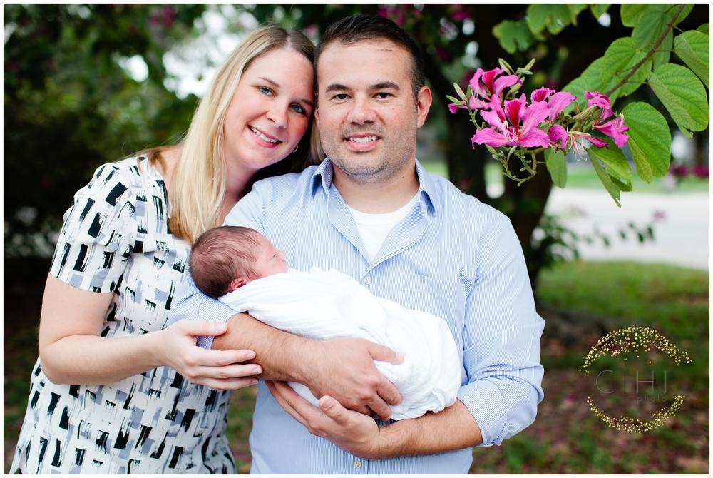 Sarasota December Newbory Baby Boy_2168.jpg