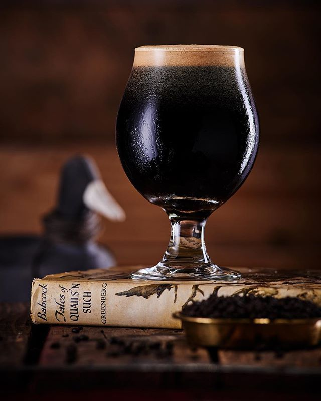 Chilly autumn nights have us reaching for an old favorite 📚 and a Tiramisu Stout. We're excited to let y'all know that we'll have our first bottle release for Tiramisu Stout coming in November. More details coming soon 🍻