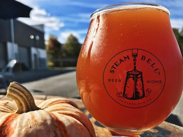 #RVA: it's Saturday, it's gorgeous outside, and The Steam Belle, our collaboration with @onebellebakery, is back on tap! This Belgian Amber is fermented with almonds and tart cherries. Come hang with us 🍻
