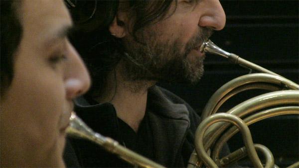 swing_horns.jpg