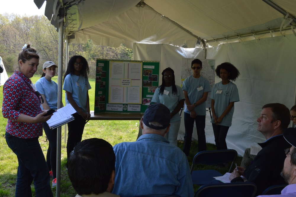 Students present their findings about Invasive Species
