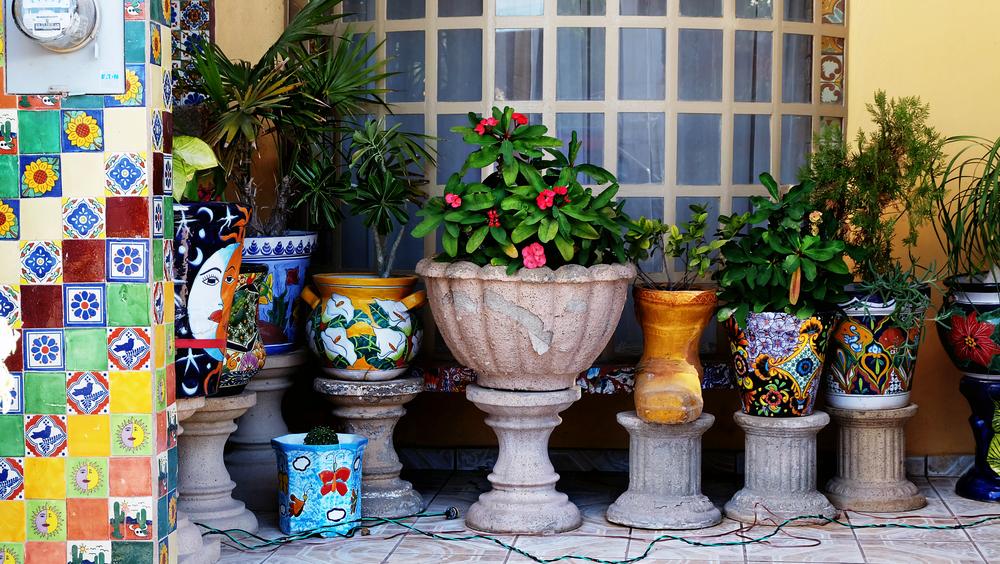 Mexico_Bahia_de_Kino_Pots.jpg