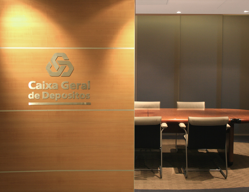 Caxia_meeting-room.jpg