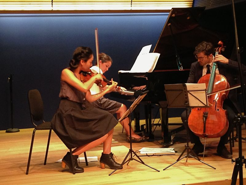 Longleash Trio