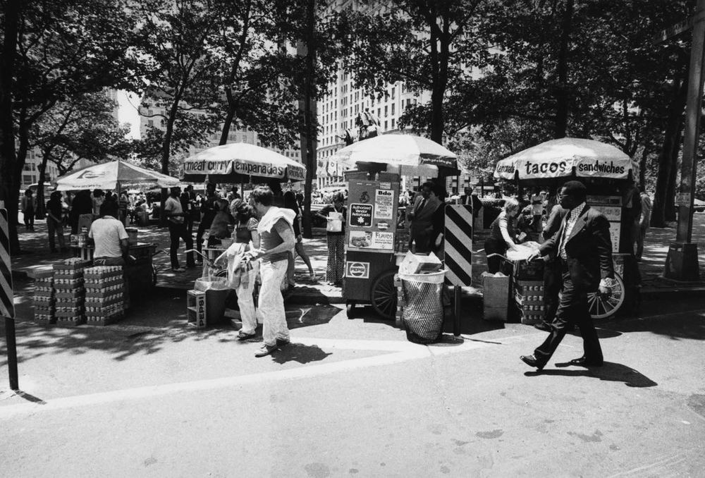 15_58_Street empanadas and tacos vendors_Dan Wynn Archive.jpg