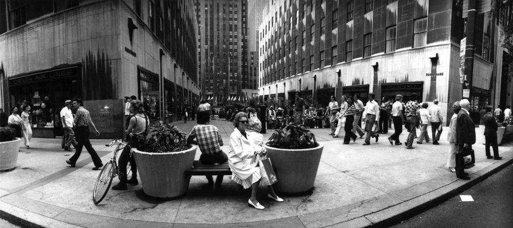 15_75_Busy promenade #2_Dan Wynn Archive.jpg