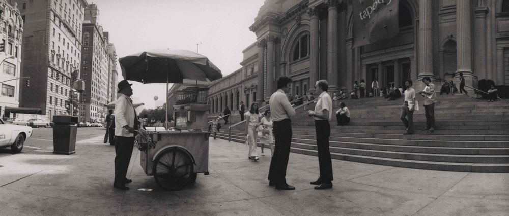 15_90_Street food vendor in front of classical building_Dan Wynn Archive.jpeg
