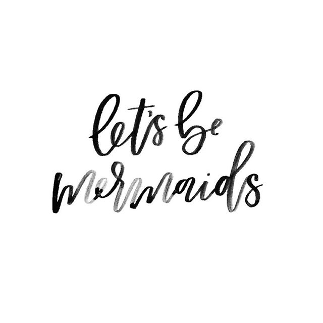 Weekend vibes 🌺 . . . . . . #letsbemermaids #weekendvibes #handlettering #brushcalligraphy #bridetribe #weekendgoals #girlsweekend #qotd #bacheloretteweekend #myunicornlife #abmlifeiscolorful #beachbum #beachgirl #luckywelivehi #islandlife #palmspringslife