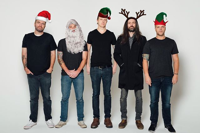 Merry Christmas from the Masters of Rock!