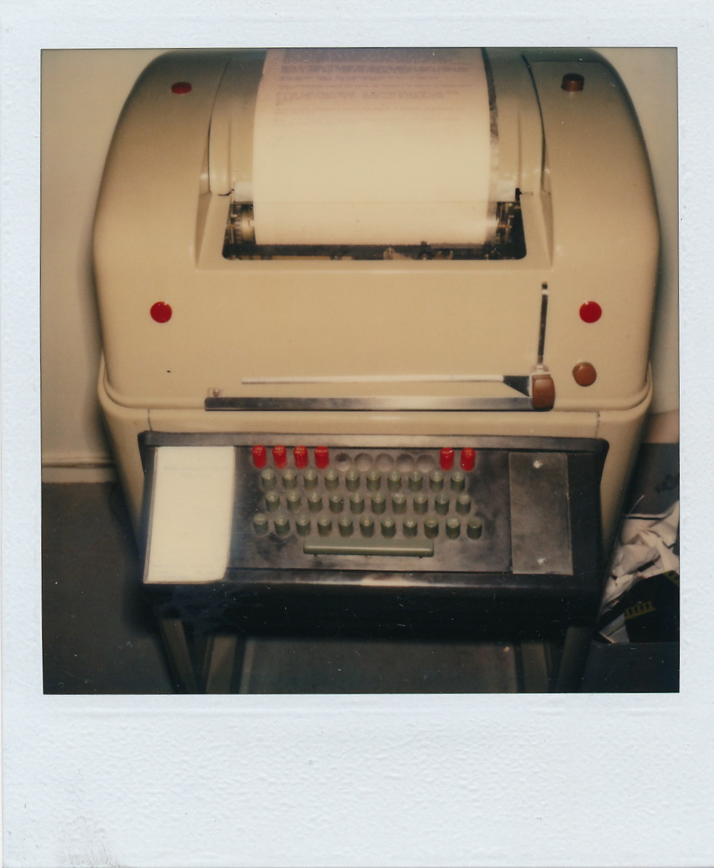 Téléscripteur  -  Document Polaroid original.  /  © Herménégilde Chiasson 1982