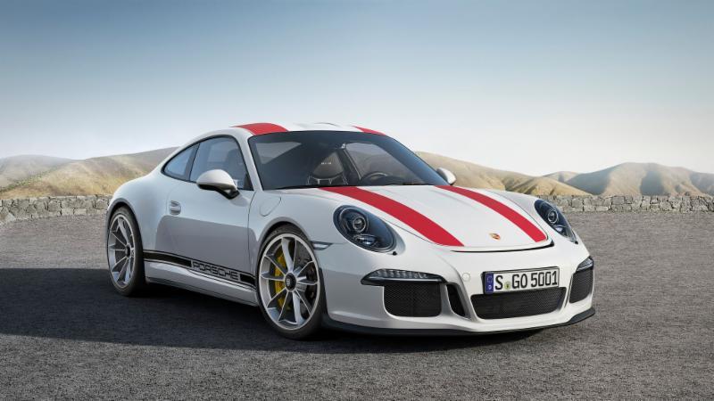 2017-Porsche-911-R.jpg
