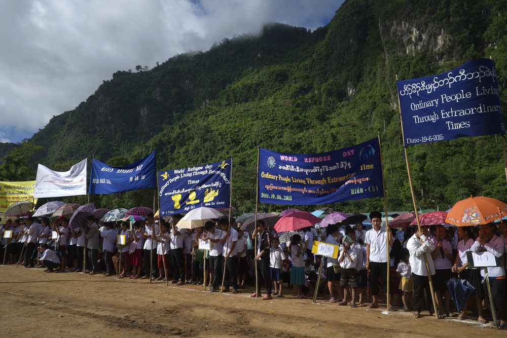 About 2,000 students in Mae La gathered to commemorate World Refugee Day. (Credit: Dene-Hern Chen)