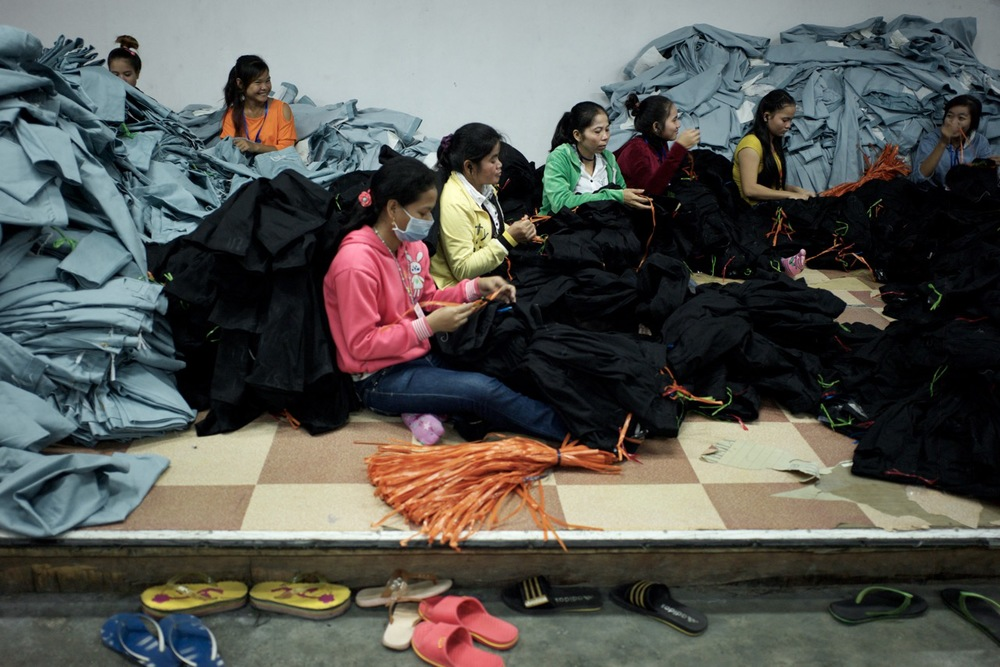 Workers at SL Garment factory (Credit: Ben Woods)