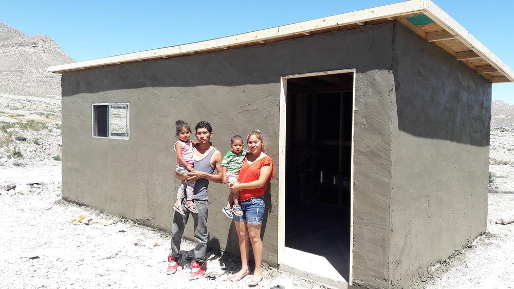 Familia Aguilera Tonche Despues (2).jpg