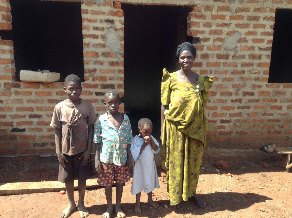 Esaza and family new house & latrineIMG_2294 (1).JPG