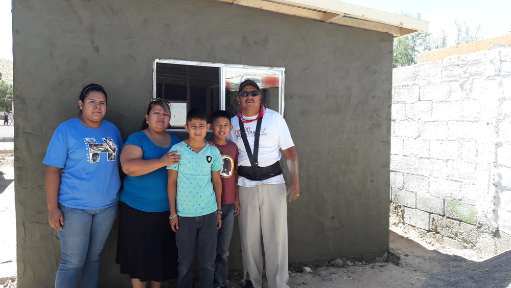 Familia Torres Gutierrez Despues.jpg