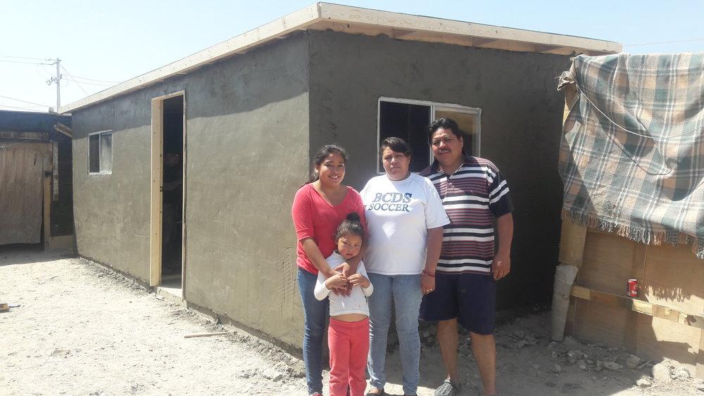 Familia Dorado Vargas Despues.jpg