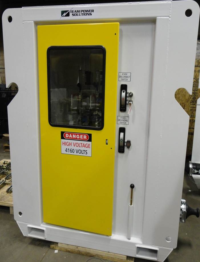 Manufacturing - 5kV Skidded Switch - outside.jpg