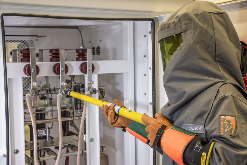 Exceptional High Voltage Electrical Safety   Qualified Electrical Worker Training Amazing Ideas