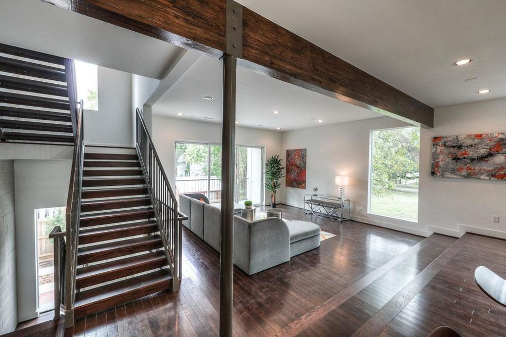 Beautiful open concept floor plan with tons of natural light.