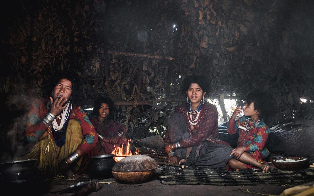 Raute, de laatste nomaden van Nepal    Waar leven de Raute?