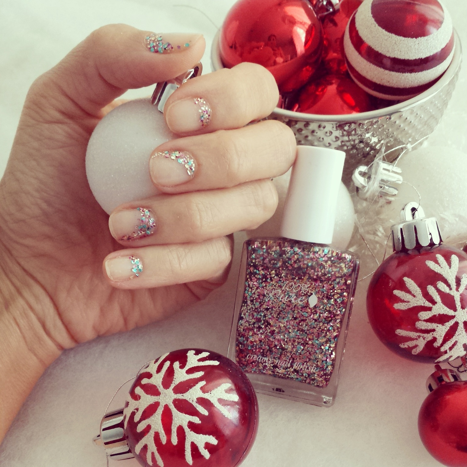 Spread Holiday Joy with a Glittery Mani — Maria Loves Green