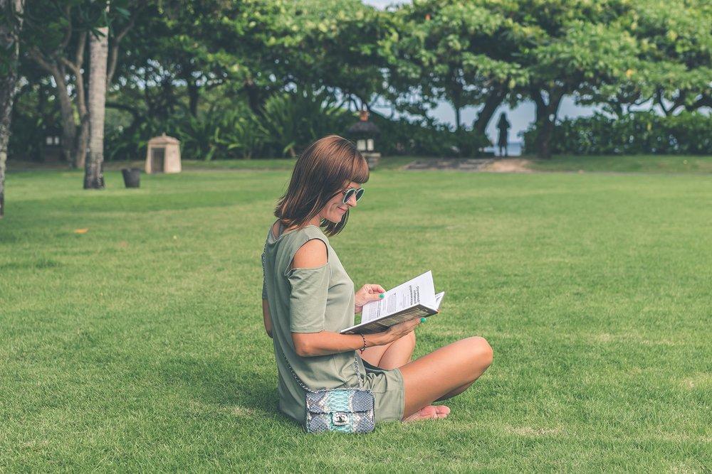 reading_lawn.jpg