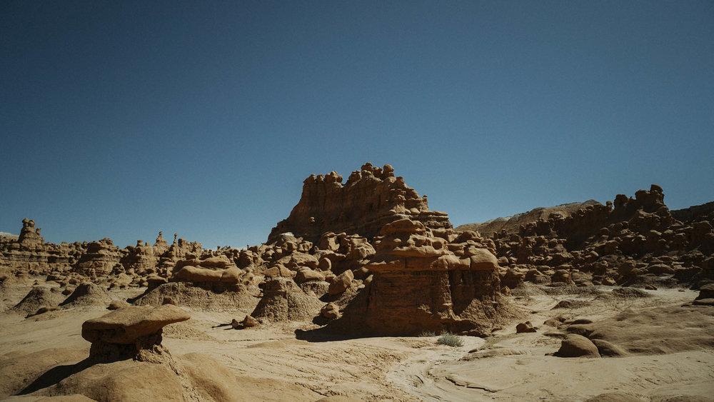 goblin-valley-landscape-big-american-story-07566.jpg