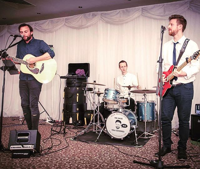 Off to do some more of this! 👍🎸🎶 #wedding #weddings #music #band #live #livemusic #gig #gigs #event #events #acoustic #function #bridebook #singer #firstdance #flashbackfriday #cover #covered