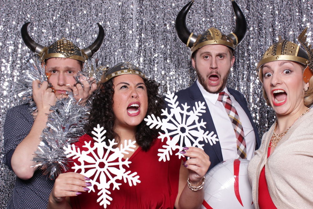 WNO HOLIDAY PARTY | HOT PINK PHOTO BOOTH
